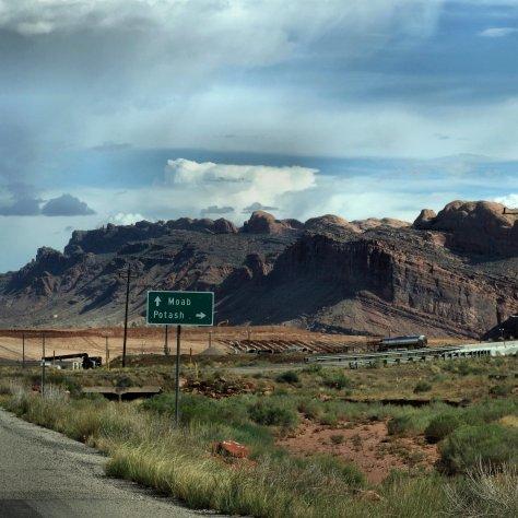 high desert, Moab Utah, Canyonland National Park, highway si